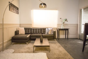 new york apartment standing set in los angeles
